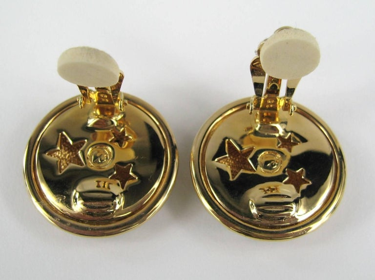 Daniel Swarovski Crystal Encrusted moon clip on earrings New Never Worn 1980s In New Condition For Sale In Wallkill, NY