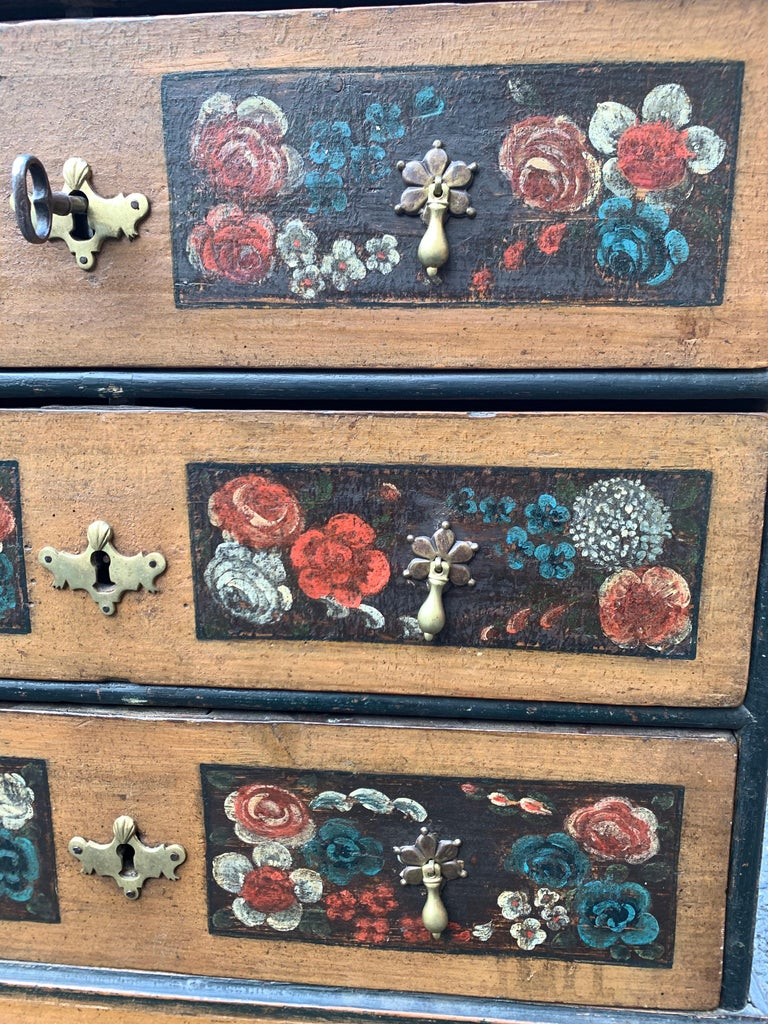 Danish 18th Century Flower Painted Folk Art Chest of Drawers For Sale 5