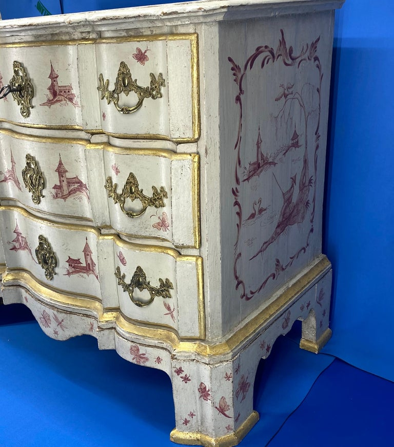 Danish 18th Century Painted Chest of Drawers With Chinoiserie Decor For Sale 8