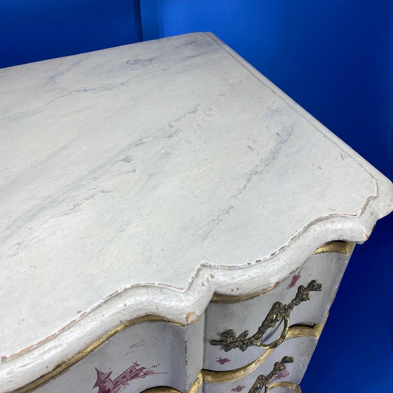 Danish 18th Century Painted Chest of Drawers With Chinoiserie Decor For Sale 10