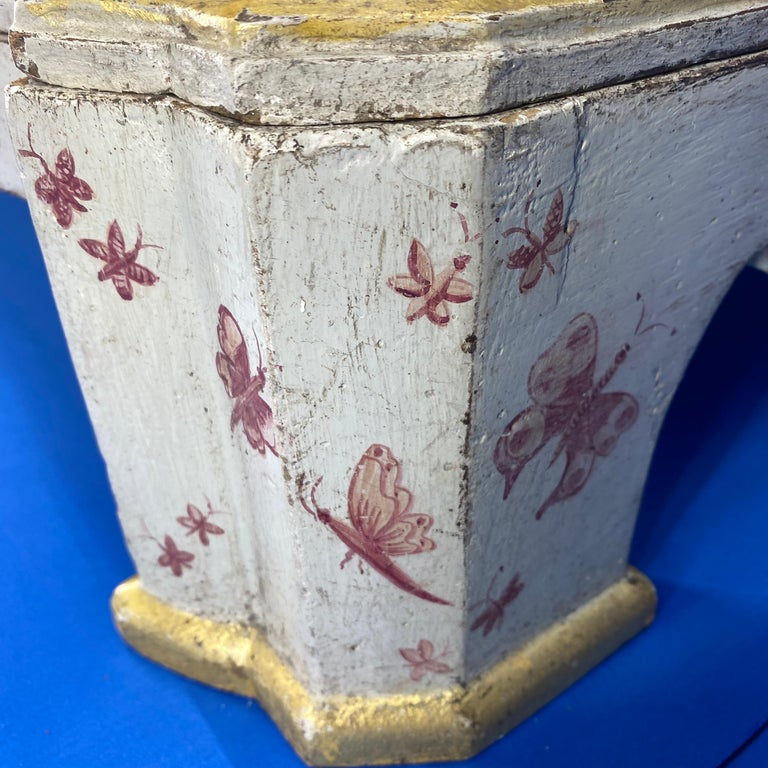 Danish 18th Century Painted Chest of Drawers With Chinoiserie Decor For Sale 11