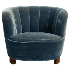 Danish 1940s Boesen Banana Style Curved Tub Club Chair with Channel Back