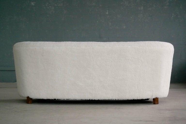Wool Danish 1940s Curved Banana Shape Sofa in Lambswool in the Style of Viggo Boesen