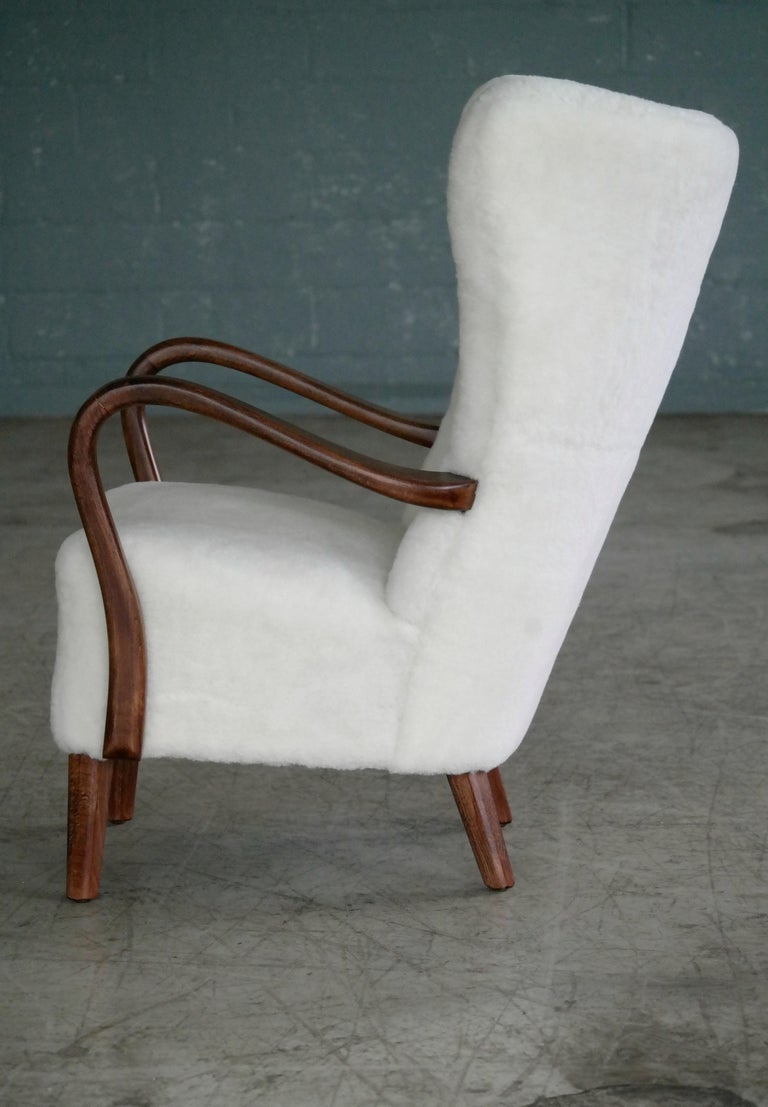 Danish 1940s Easy Chair in Lambswool with Open Armrests by Alfred Christensen For Sale 4