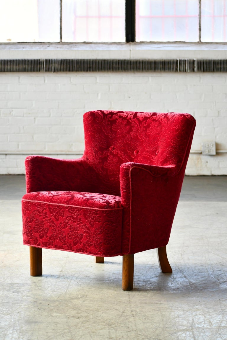 Danish 1940s Fritz Hansen Style Small Scale Lounge Chairs in Red Mohair In Good Condition In Bridgeport, CT