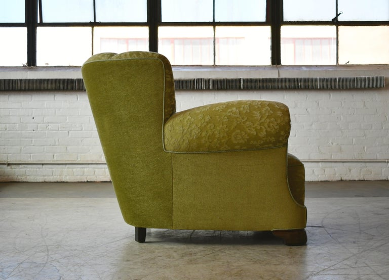 Mohair Danish 1940s Large Club Chair in the Style of Fritz Hansen Model 1518 For Sale