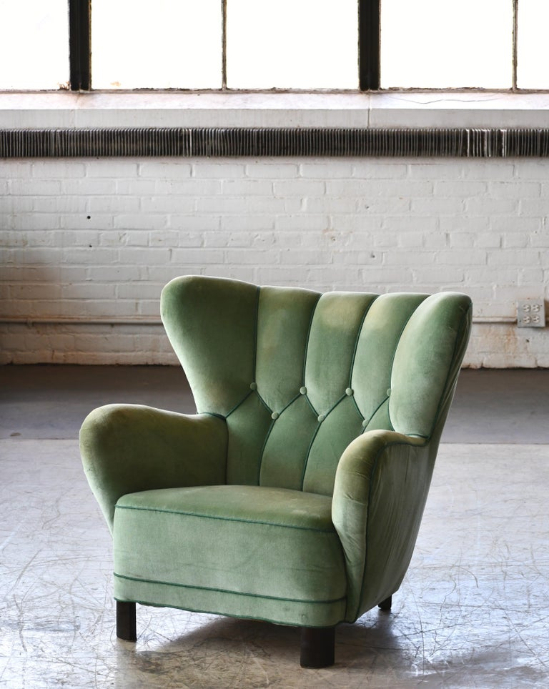 Danish 1940s Lassen Style Easy Chair in Green Mohair Fabric For Sale 1