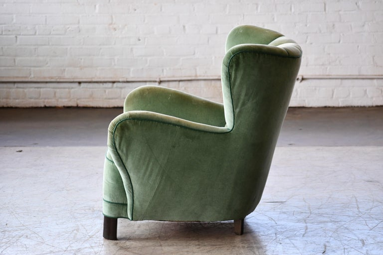 Danish 1940s Lassen Style Easy Chair in Green Mohair Fabric For Sale 2