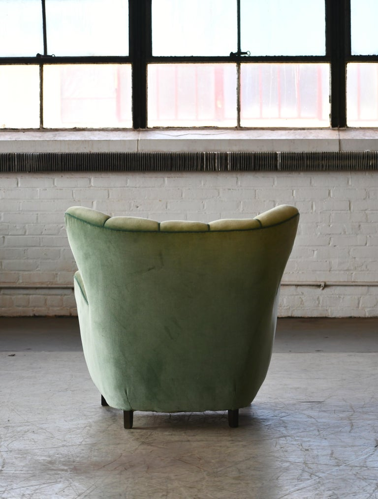 Danish 1940s Lassen Style Easy Chair in Green Mohair Fabric For Sale 4