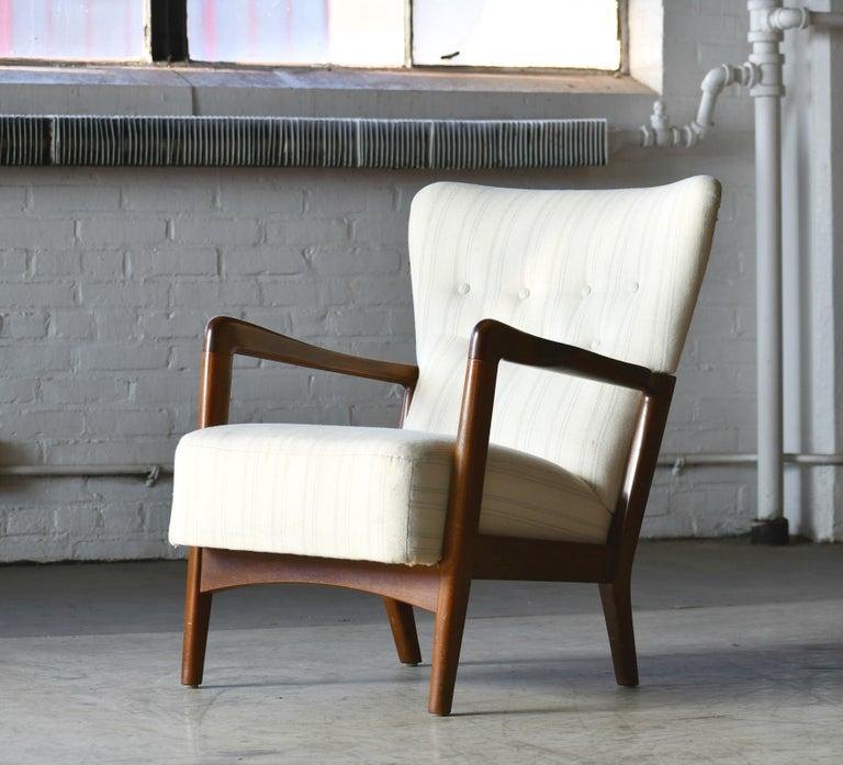 Danish 1940s Lowback Open Armrest Lounge Chair by Soren Hansen for Fritz Hansen For Sale 1