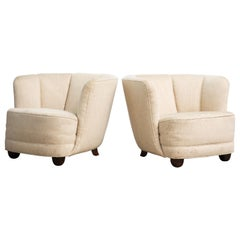 Danish 1940s Pair of Viggo Boesen Style Curved Lounge or Club Chairs