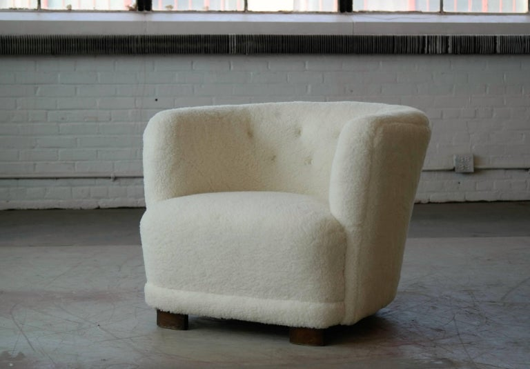 Danish 1940s Pair of Viggo Boesen Style Lounge or Club Chairs in Lambswool For Sale 2