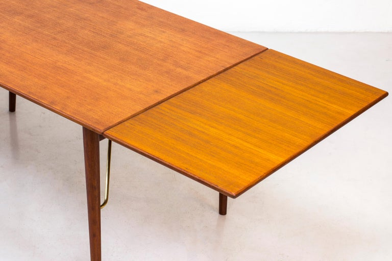 Danish, 1950s Extendable Table by Peter Hvidt & Orla Mølgaard 5