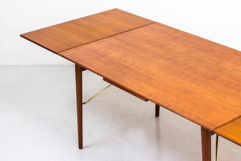 Danish, 1950s Extendable Table by Peter Hvidt & Orla Mølgaard 6