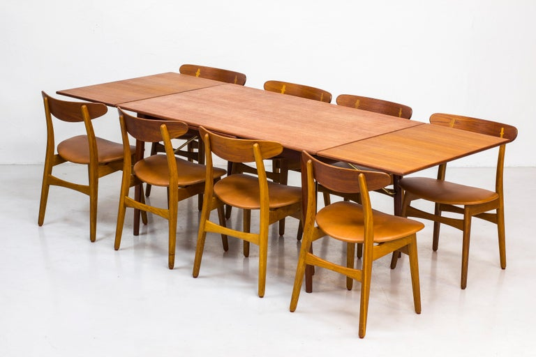 Danish, 1950s Extendable Table by Peter Hvidt & Orla Mølgaard In Good Condition In Stockholm, SE