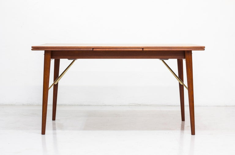 Mid-20th Century Danish, 1950s Extendable Table by Peter Hvidt & Orla Mølgaard