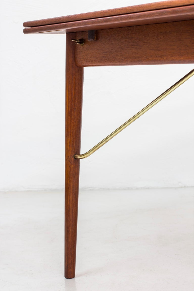 Danish, 1950s Extendable Table by Peter Hvidt & Orla Mølgaard 1