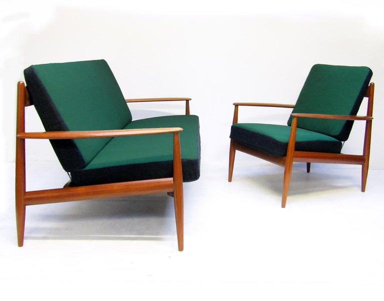 Danish 1950s Sofa and Lounge Chair Set in Jade Kvadrat by Grete Jalk For Sale 4