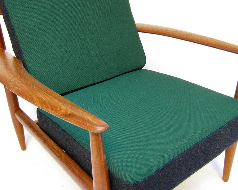 Danish 1950s Sofa and Lounge Chair Set in Jade Kvadrat by Grete Jalk For Sale 6