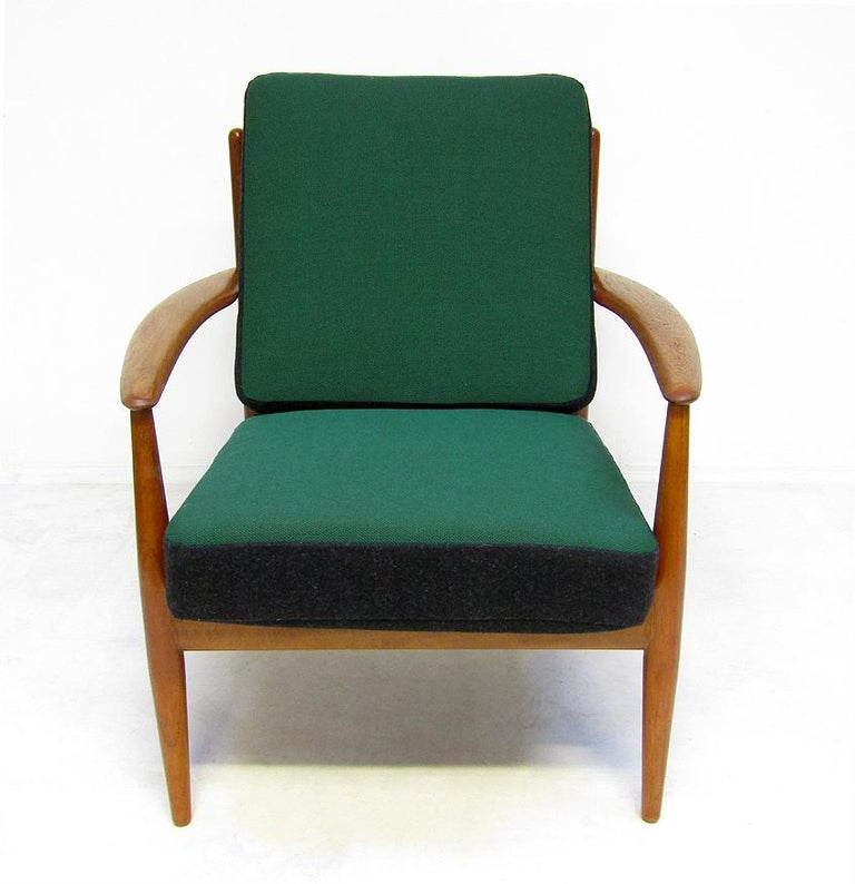 Danish 1950s Sofa and Lounge Chair Set in Jade Kvadrat by Grete Jalk For Sale 9