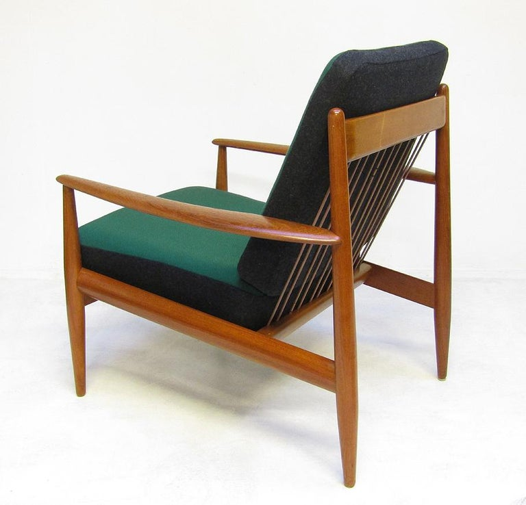 Danish 1950s Sofa and Lounge Chair Set in Jade Kvadrat by Grete Jalk For Sale 11