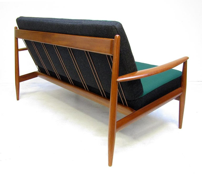 Danish 1950s Sofa and Lounge Chair Set in Jade Kvadrat by Grete Jalk For Sale 3