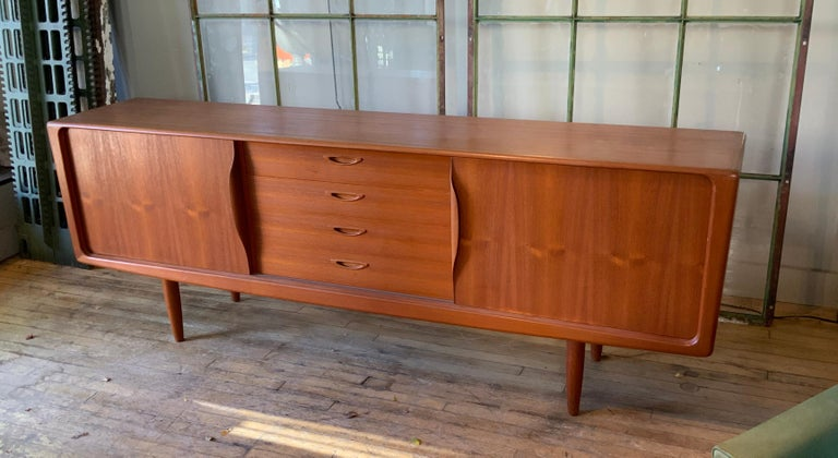 Danish 1950s Teak Credenza Cabinet In Good Condition For Sale In Hudson, NY