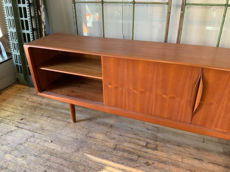 Danish 1950s Teak Credenza Cabinet For Sale 2