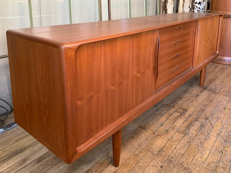 Danish 1950s Teak Credenza Cabinet For Sale 4