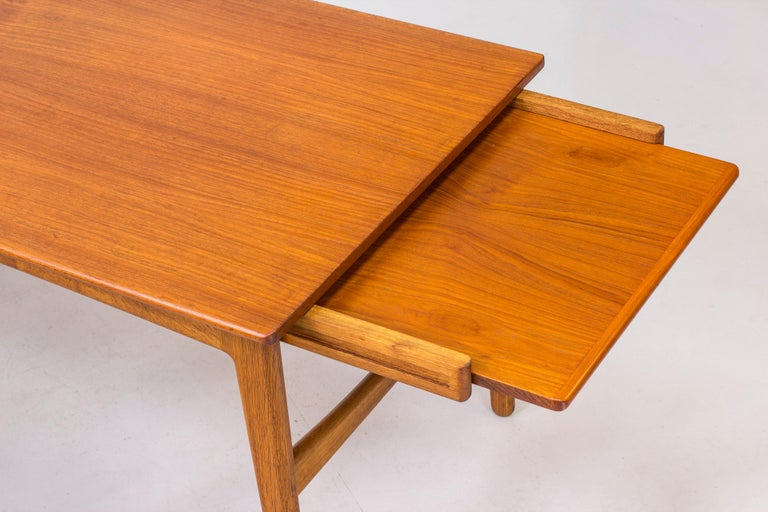 Danish 1950s Teak Dining Table by Knud Andersen For Sale 4