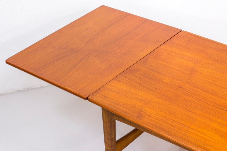 Danish 1950s Teak Dining Table by Knud Andersen For Sale 5