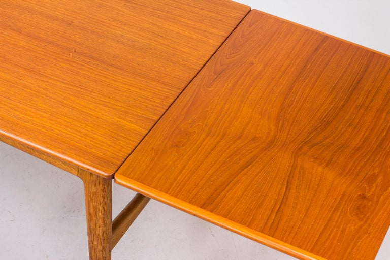 Danish 1950s Teak Dining Table by Knud Andersen For Sale 6