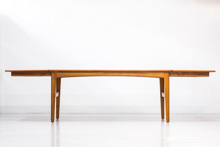 Danish 1950s Teak Dining Table by Knud Andersen In Good Condition For Sale In Stockholm, SE