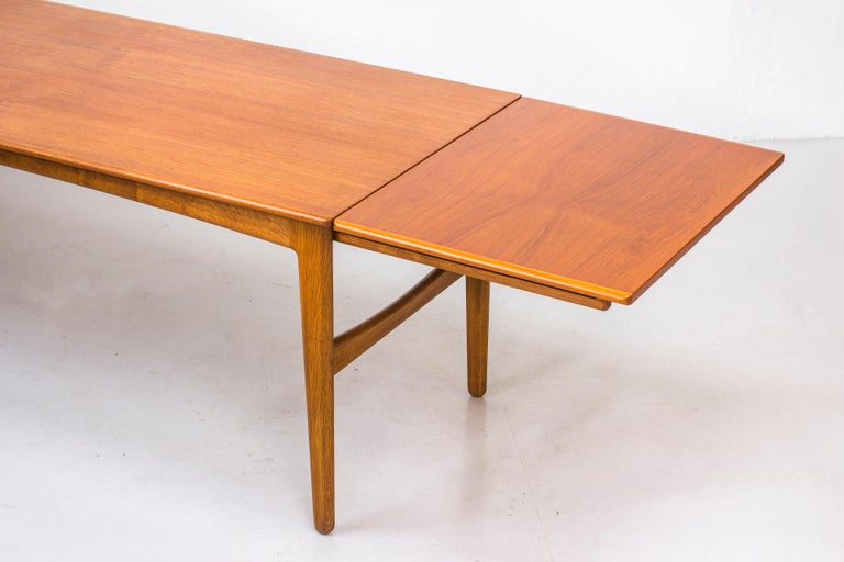 Danish 1950s Teak Dining Table by Knud Andersen For Sale 1
