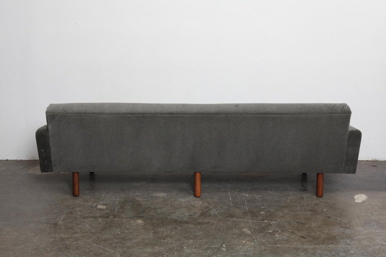 Danish 1960s 4-Seat Loose Cushion Sofa with Solid Teak Legs In Good Condition In North Hollywood, CA
