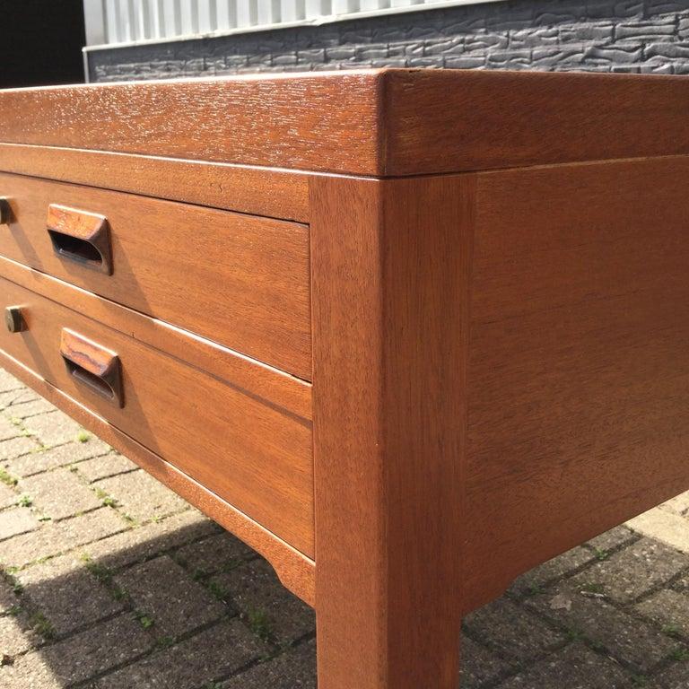 Beautiful Danish Desk by Aksel Bender Madsen & Ejner Larsen, Denmark 1960's  For Sale 4