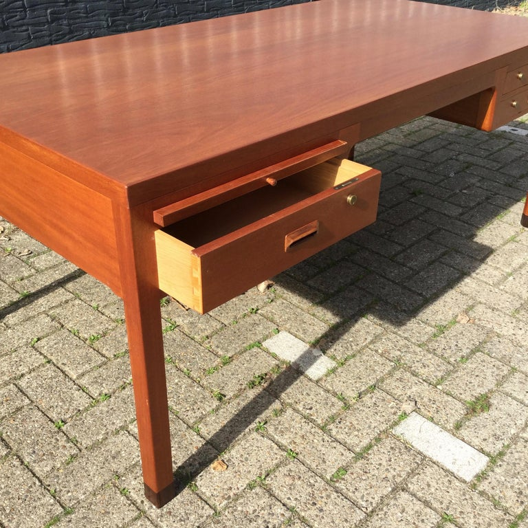 Beautiful Danish Desk by Aksel Bender Madsen & Ejner Larsen, Denmark 1960's  For Sale 2