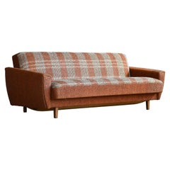 Danish 1960s Extendable Daybed or Sleeper Sofa in Original Fabric