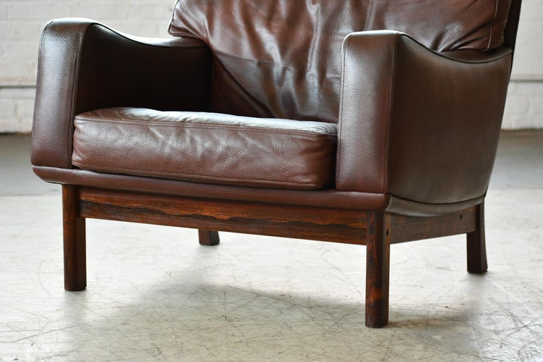 Danish 1960s Lounge Chair in Brown Leather and Rosewood by Erhardsen & Andersen For Sale 1