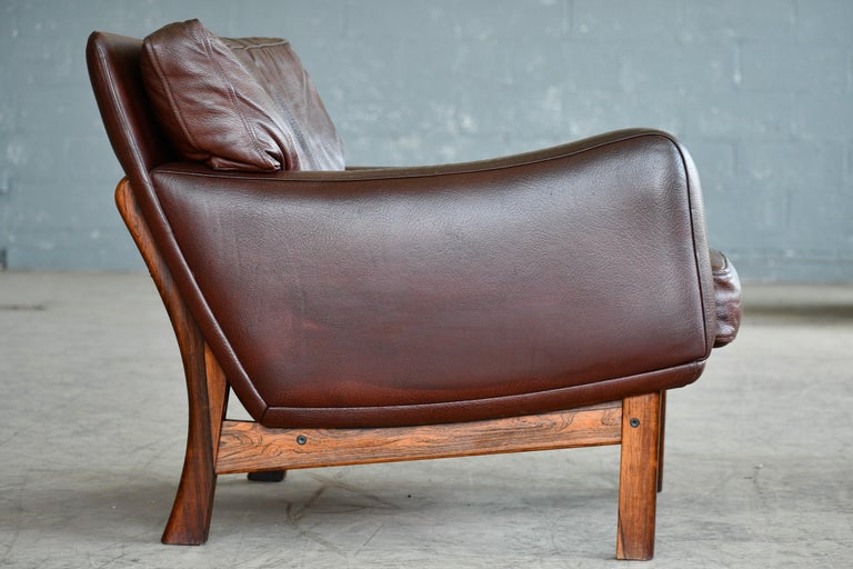 Danish 1960s Lounge Chair in Brown Leather and Rosewood by Erhardsen & Andersen For Sale 3