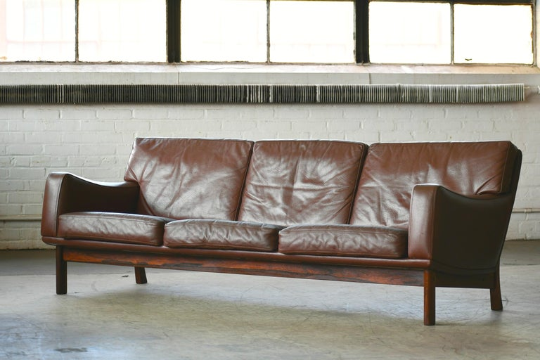 Danish 1960s Sofa in Brown Leather and Rosewood by Erhardsen & Andersen For Sale 1