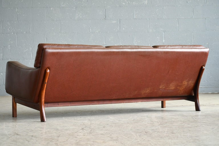 Danish 1960s Sofa in Brown Leather and Rosewood by Erhardsen & Andersen For Sale 2