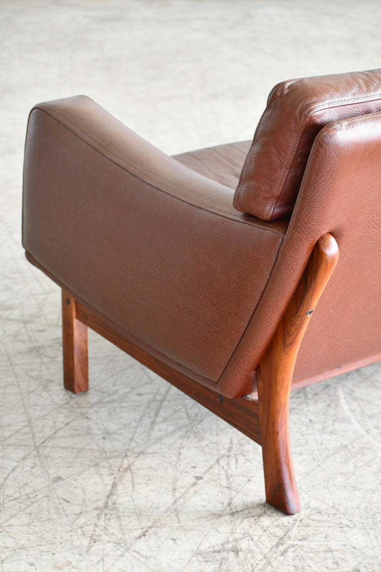 Danish 1960s Sofa in Brown Leather and Rosewood by Erhardsen & Andersen For Sale 4
