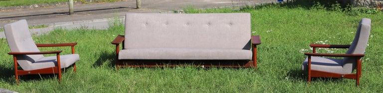 Solid teak, wide and elegant armrests