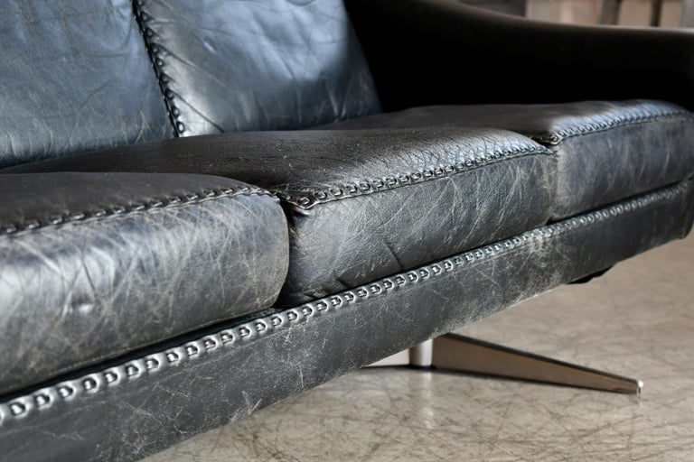 Danish Airport Style Sofa Model Matador in Black Leather by ERAN in 1966 For Sale 4