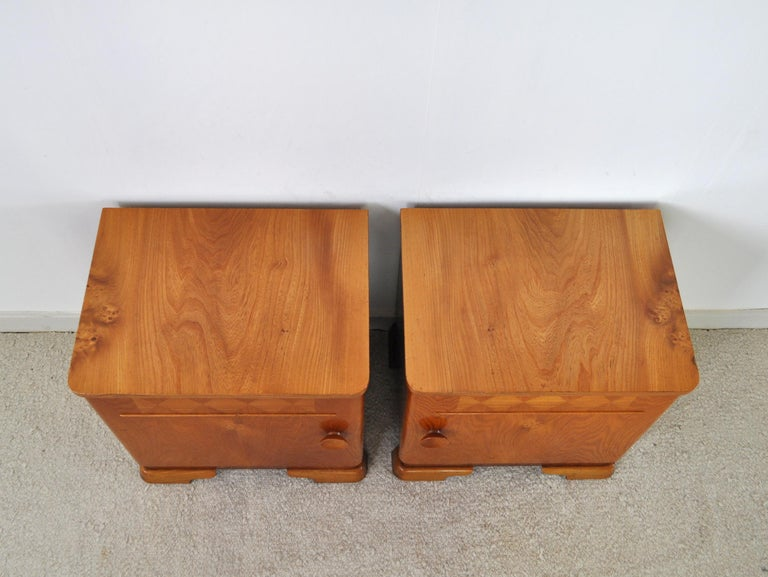 Danish Art Deco Pair of Nightstands or Small Cabinets, 1930s For Sale 4