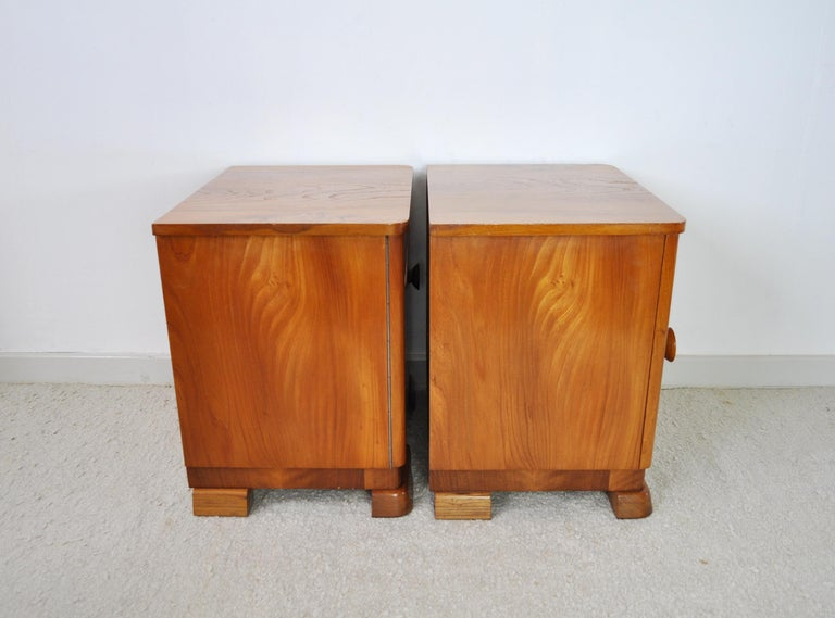 Danish Art Deco Pair of Nightstands or Small Cabinets, 1930s For Sale 6