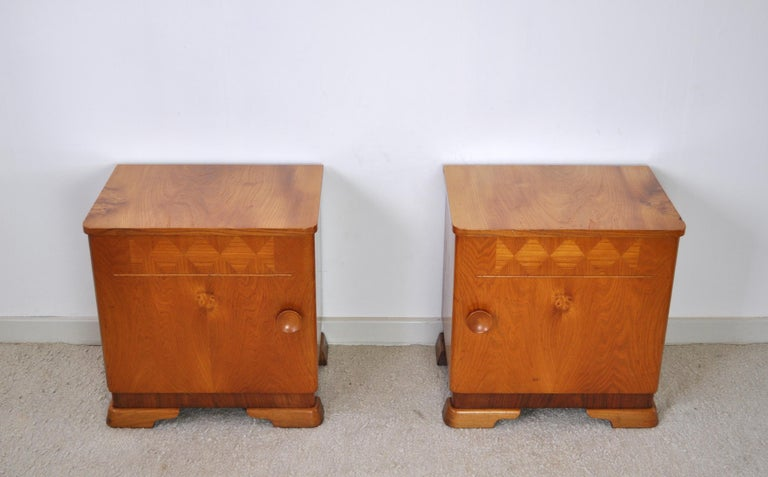 Danish Art Deco Pair of Nightstands or Small Cabinets, 1930s In Good Condition For Sale In Vordingborg, DK
