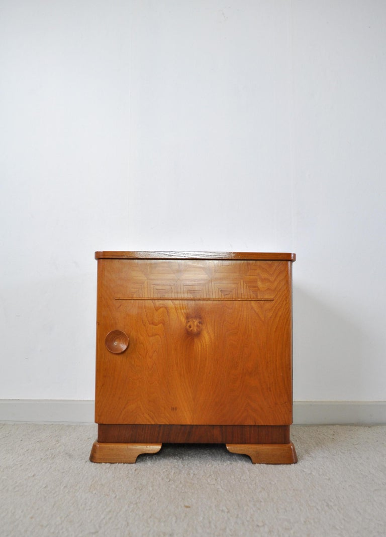 20th Century Danish Art Deco Pair of Nightstands or Small Cabinets, 1930s For Sale