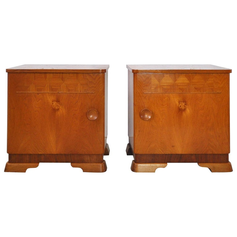 Danish Art Deco Pair of Nightstands or Small Cabinets, 1930s For Sale